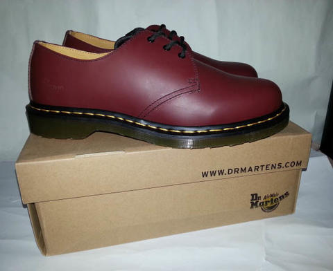 NEW DR. Martens 1461| Docmart 1461| Dr marten 3 hole 1461 Red Cherry DR martins