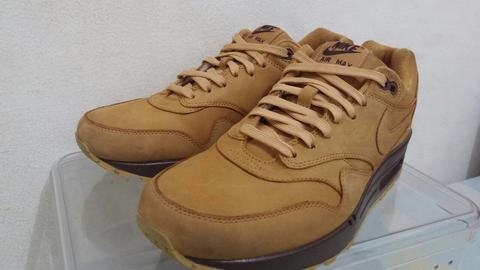 WTS NIKE AIRMAX 1 QS (FLAX/WHEAT) SIZE 9,5 VVNDS WITH OG BOX