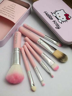 KUAS MAKE UP HELLO KITTY NEW PACKING KALENG