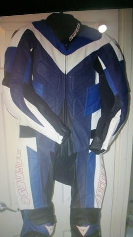 Dainese authentic Italy race suit/ wearpak import/ jaket kulit balap