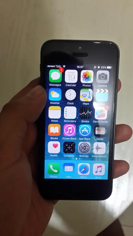 Terima Barter TT IPHONE 5 32 GB BLACK GREY PREOWNED APPLE