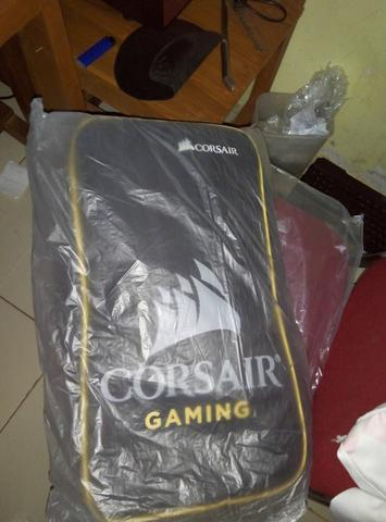 Corsair STRAFE Brown Switch BNOB blum ada sehari.