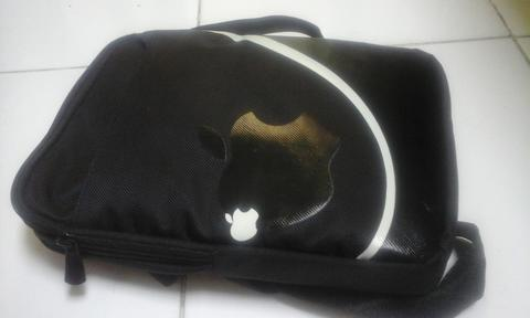 "Tas Tablet 10"" Logo Apple"