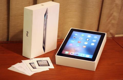 iPad 2 (32GB - Wifi & Celular 3G)