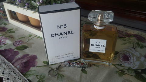 Chanel No 5 Parfumnya Marilyn Monroe