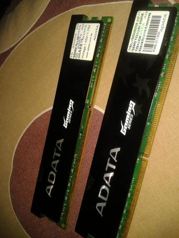ADATA game series 2GB