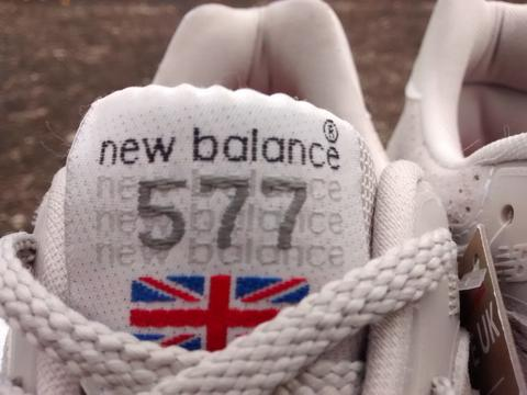 """TERJUAL New Balance M577FW """"Flying the Flag"""" Off White"""