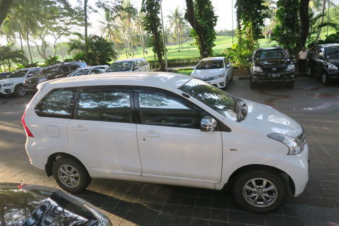 New Avanza 1.3 a/t 2012 tipe G