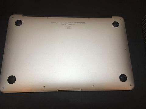 MacBook Air 11inch Core i5 1.5 Ghz (early 2014)