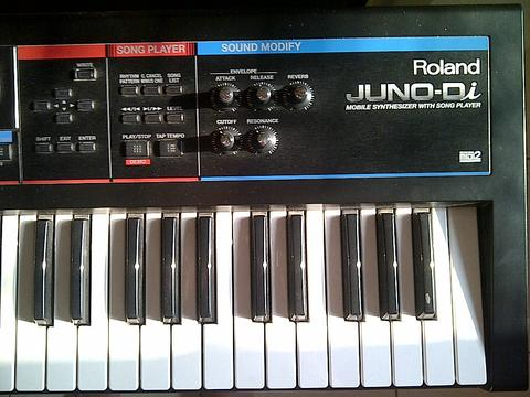 jasa mensewakan rental keyboard synthesizer roland juno di