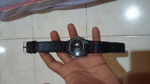 jam tangan fossil brain technology