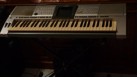 Yamaha PSR-3000 organ/keyboard