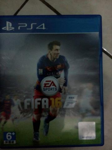 Kaset game fifa 16 PS 4
