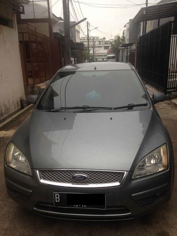 Ford Focus Sedan Ghia 1.8 2006 AT