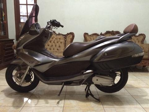 jual honda pcx built up low km !!! BU!!