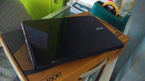 NETBOOK GAMING ACER V5 123 AMD E1 2100 2GB 500GB FULLSET MULUS