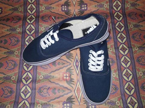 VANS AUTHENTIC BIG SALE