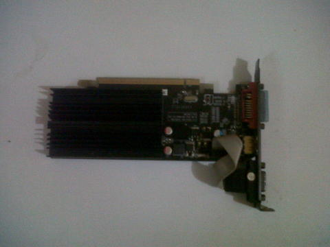 VGA XFX AMD RADEON HD 5450 1Gb 64bit DDR3