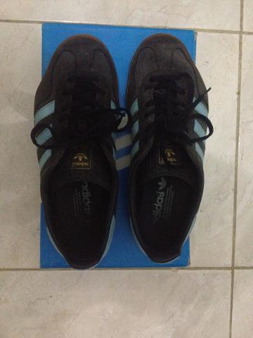WTS Adidas Gazelle Indoor Size UK 7 (40 2/3)