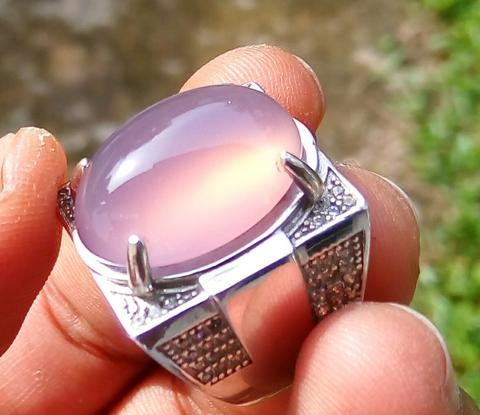 Lelang #13 Light Lavender Aceh with Cat Eye