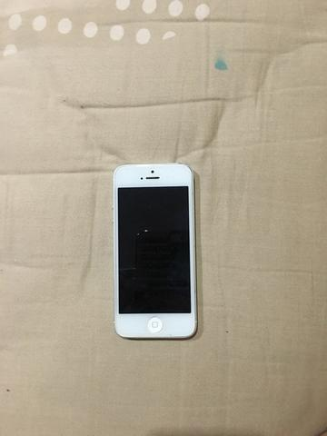 iPhone 5 16GB White Second