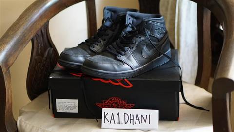 DIJUAL NIKE AIR JORDAN 1 MID ALL BLACK US 10,5 EUR 44,5 SECOND HARGA BU