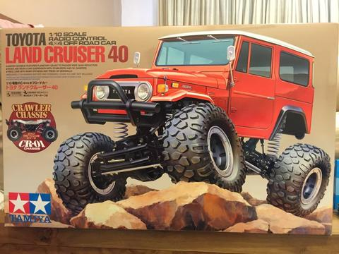 Tamiya RC CR01 Land Cruiser 40 / fj40 BNIB made in Japan