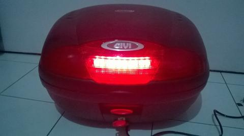 Box Givi E35 With StopLamp