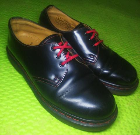 "Dr.Martens/Dr. Martens 10085 3 hole red stitching MIT ""MURAH"""