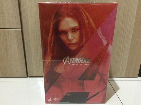 Hot Toys Scarlet Witch Avengers AoU BNIB