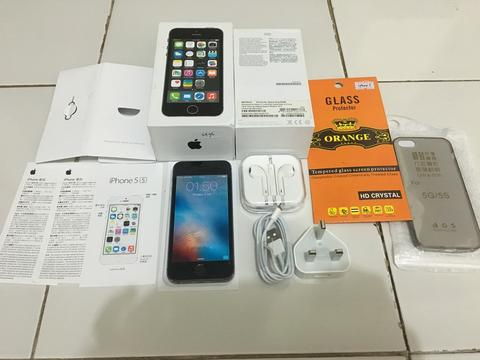 IPHONE 5S GREY 64GB FU FULLSET NORMAL SIAP LEBARAN MURAAAH 3400 SAJA [MALANG]