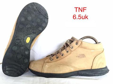 Sepatu The North Face Boris Beige Ori