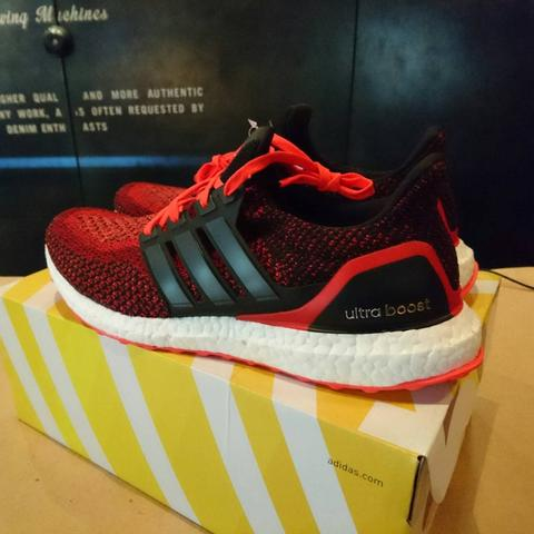 adidas Ultraboost Solar Red UK 9/US 9.5/43 1/3