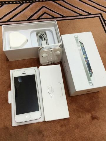 iphone 5 64gb white komplit factory unlock mulus original siap cod!