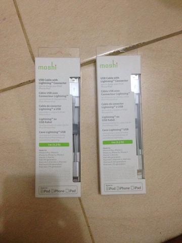 Kabel iPhone Lighting brand Moshi BNIB Murah