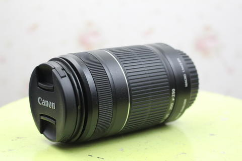 Canon Lensa EF-S 55-250mm f/4-5.6 IS II - Hitam