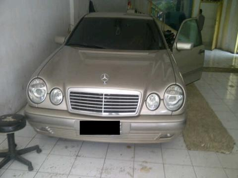 Mercy NE 230 thn 98 matic smoke silver