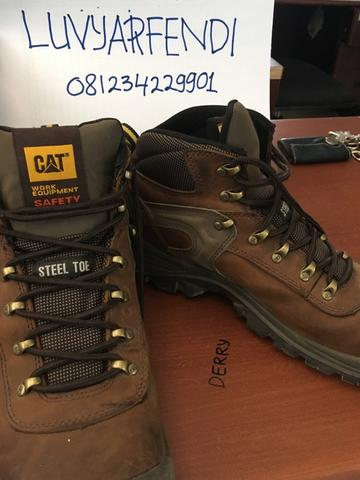 "Safety Shoes Caterpillar ""Pneumatic Waterproof Steel Toe Work Boot"""
