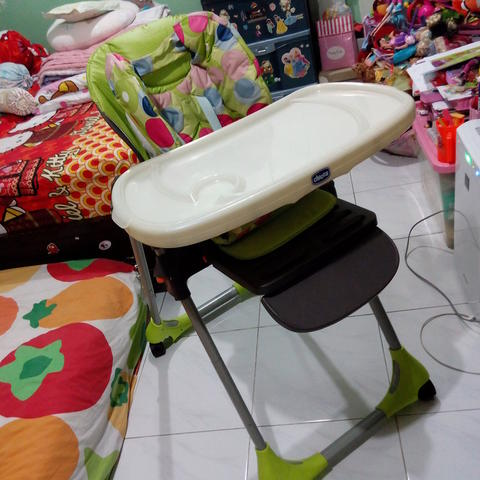 CHICCO High Chair Polly 2in1