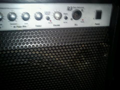JUAL SOUND BASS COMBO LANEY R3 RICHTER,SOUND CELESTION