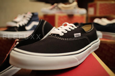 ELEFUXX - VANS AUTHENTIC BLACK AND WHITE (READY STOCK)