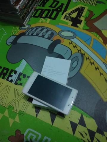 OPPO NEO 3 & LCD Monitor Square HP L1706