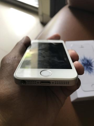 WTS - Second Iphone SE 64 GB SIlver