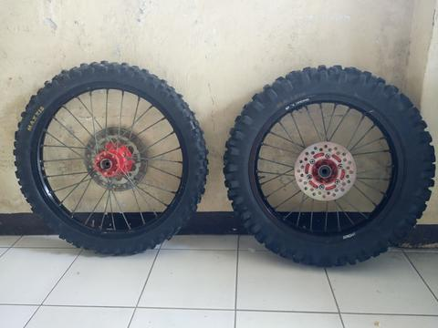 Velg set /wheelset/ ban set trail/cross klx. BU