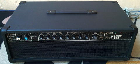 Bass Amplifier Peavey COMBO 300 Made in USA