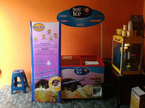 Bisnis ice cream cone dan French fries goreng bumbu