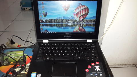 Lenovo 2 in1 Yoga 300 80M1002JID Hitam Notebook & Bonus