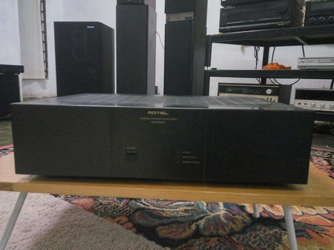 Power Amplifier Rotel RB-980BX 400w