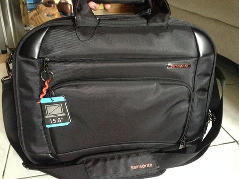 Samsonite 15.6 Inches Voto Black Laptop Briefcase ( not Tumi, Fossil, Adidas, Nike)