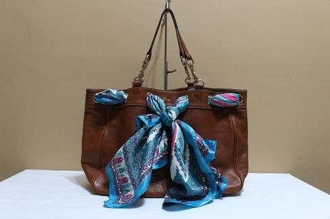 Jual Tas branded GUCCI GC391 Brown XL Tote with scarf second bekas ... d6d6cc90f2